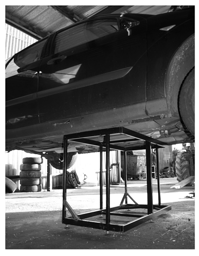 Steel frame strength test aquarium stand by Aquariums4life strong can carry a car at least built to last a lifetime